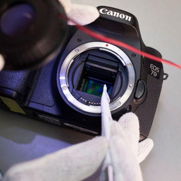 سرویس و تمیز کردن سنسور دوربین