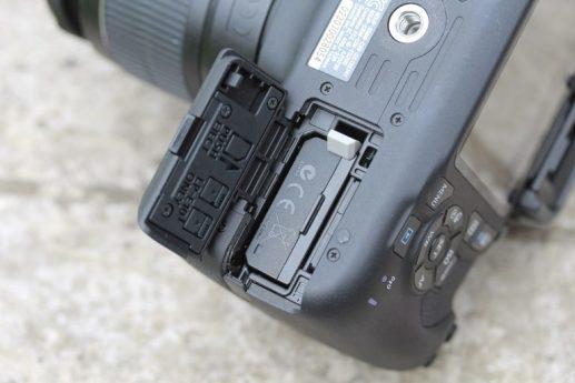 تعمیر دوربین کانن EOS 2000D